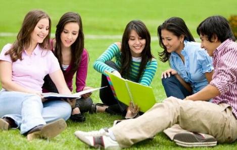2019年美国高中留学钱什么有二七区高中图片
